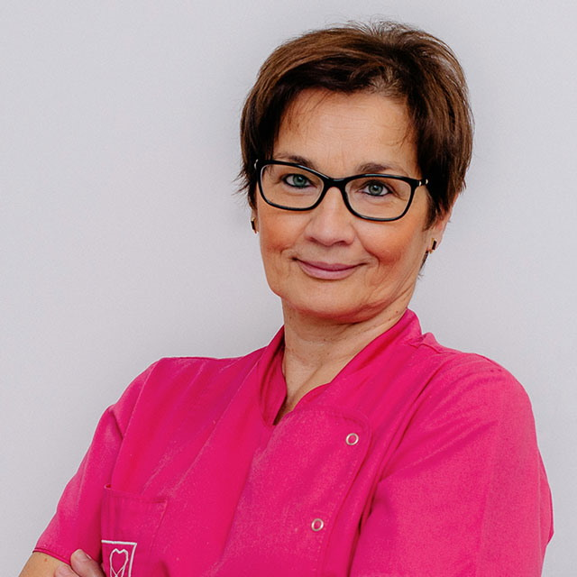 Lekarka dentystka Katarzyna Gustaw-Babczyńska